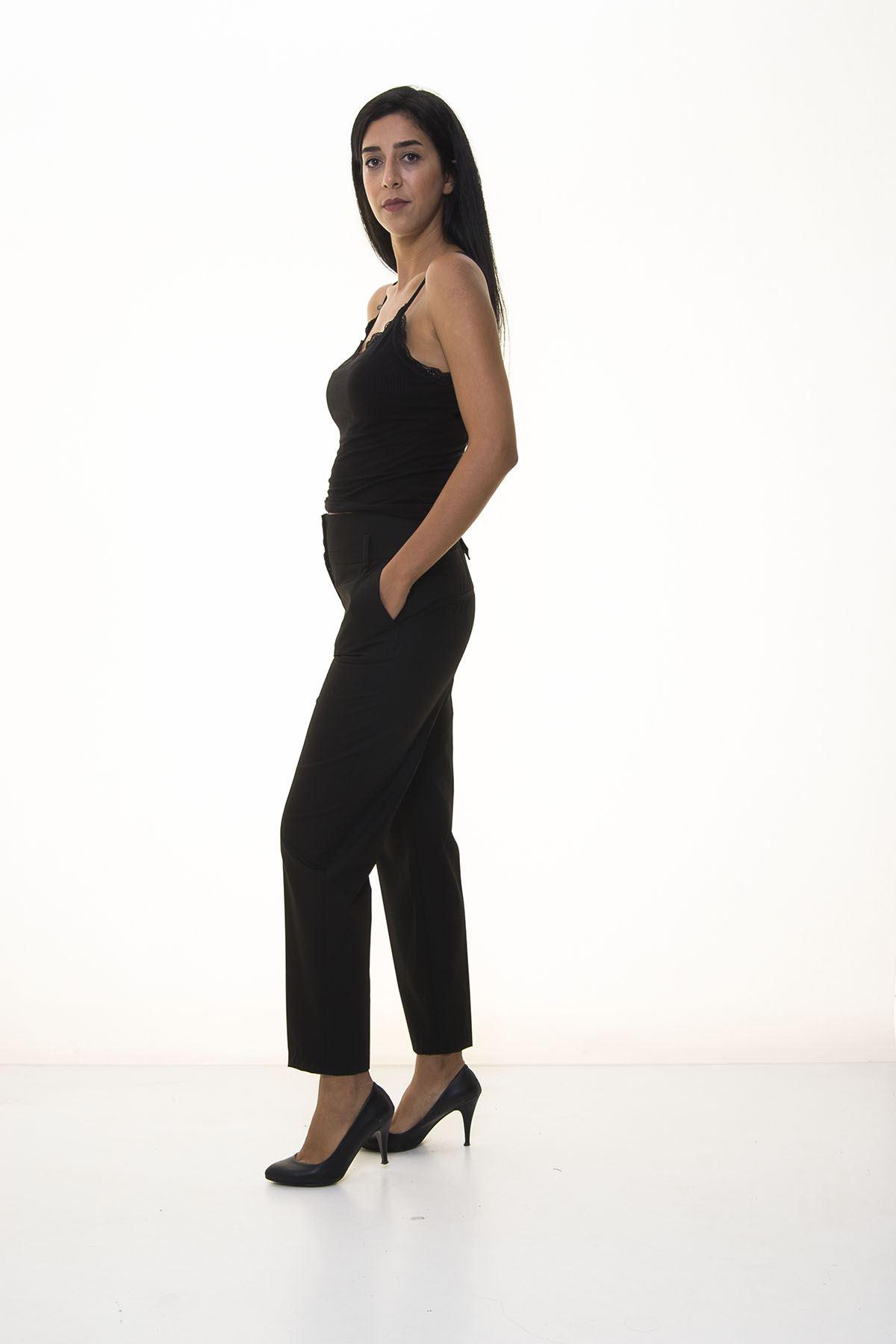 Kadın Siyah Mom Kalıp Kumaş Pantolon 5C-1033