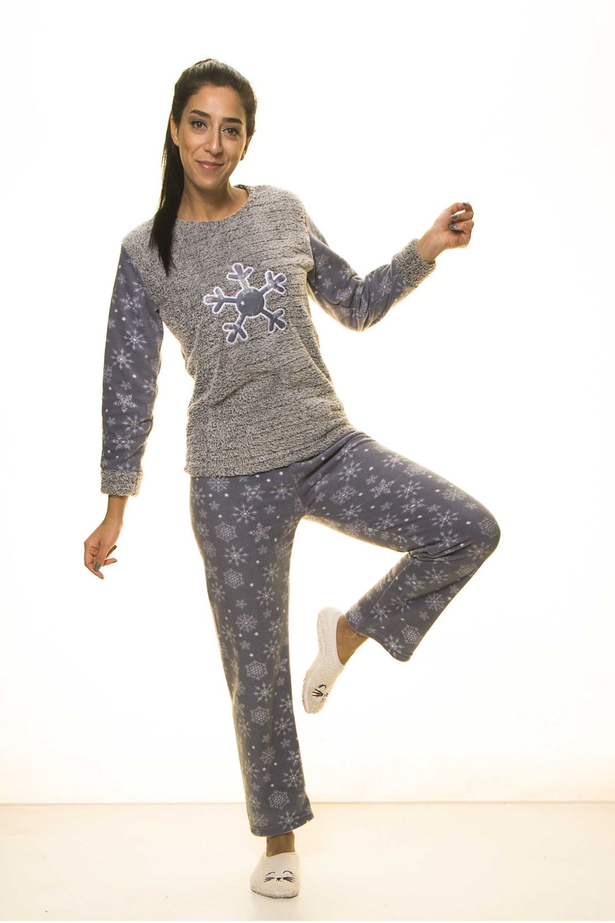 Antrasit Kışlık Kar Tanesi Welsoft Peluş Pijama 14C-2043