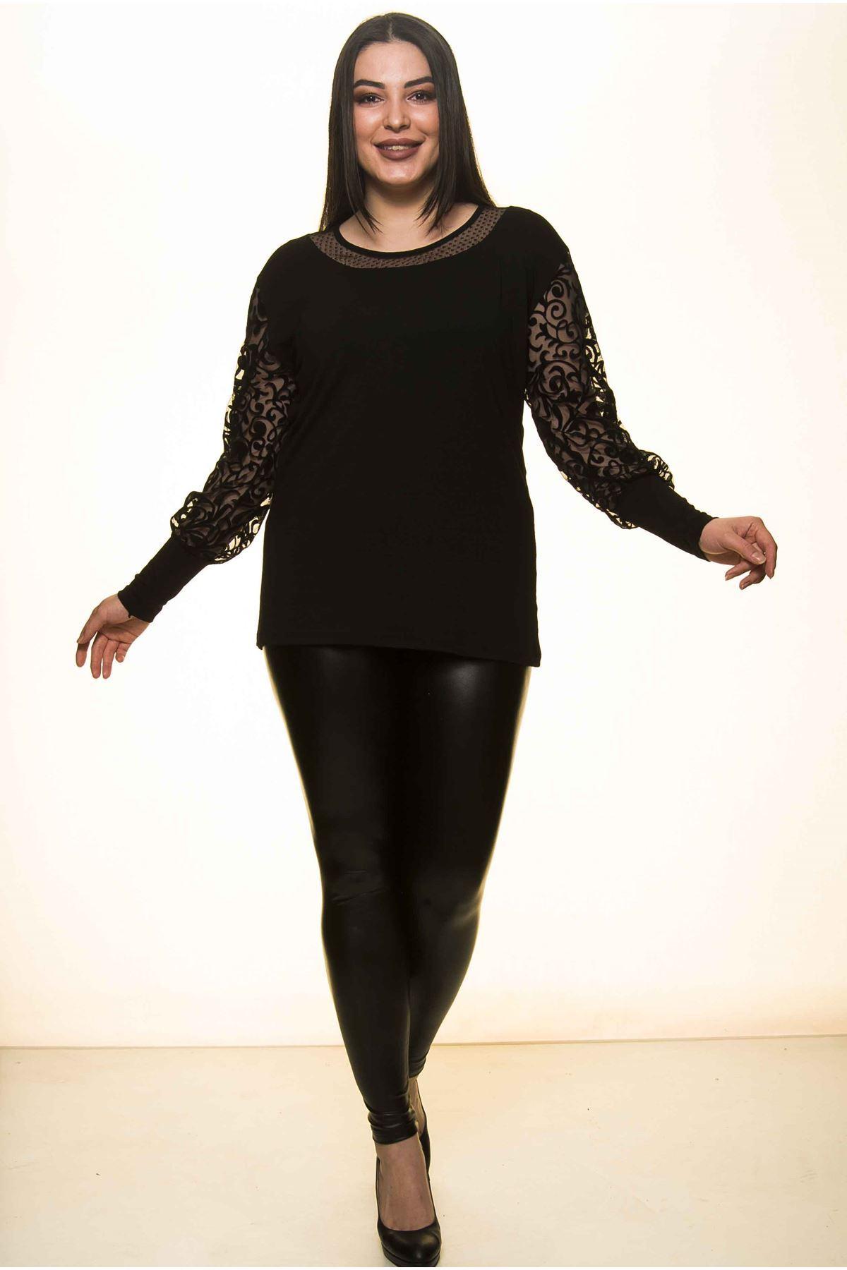 Siyah Dantelli Büyük Beden Bluz 23D-1458