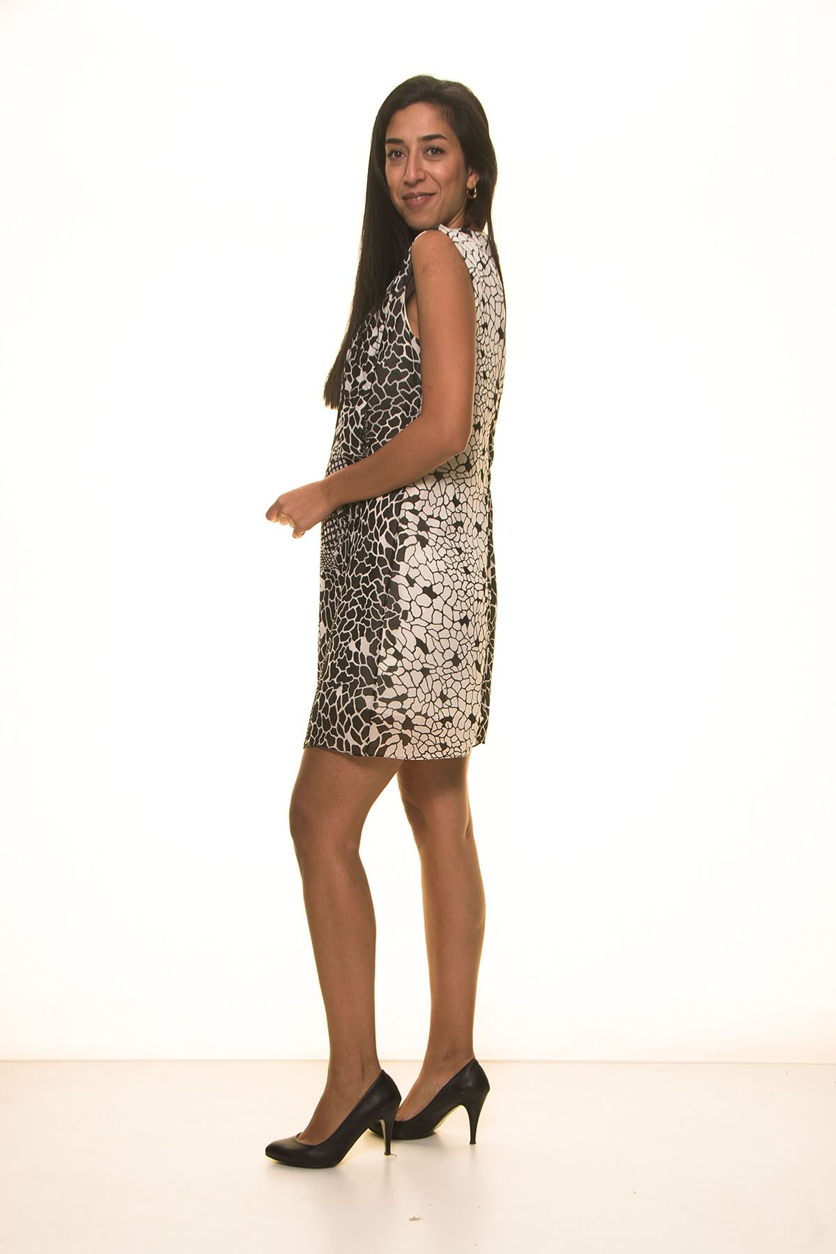 Siyah Beyaz Şifon Yazlık  Elbise K7-2087