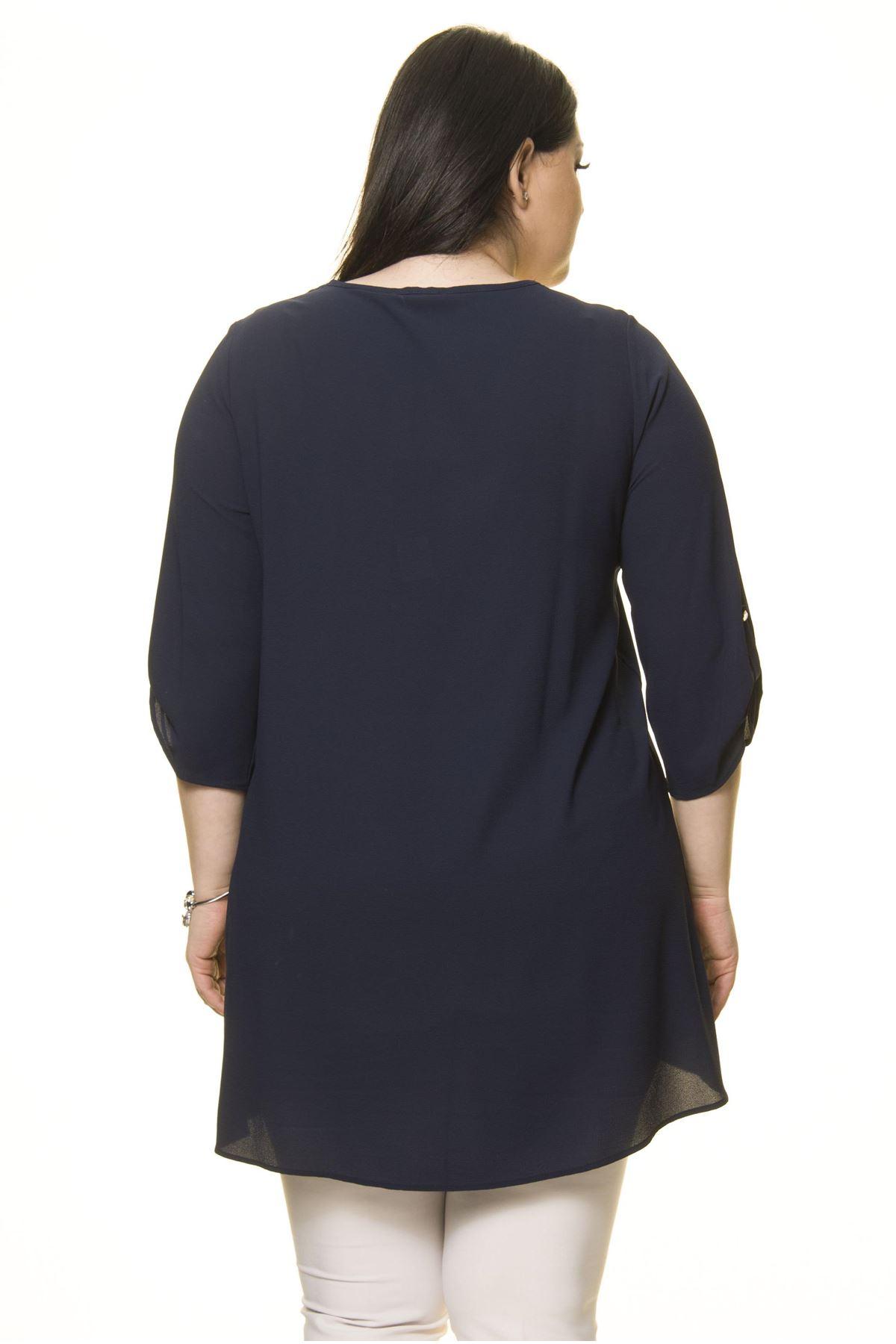 Kadın Büyük Beden Lacivert İşlemeli Nakışlı Tunik  A7-3024