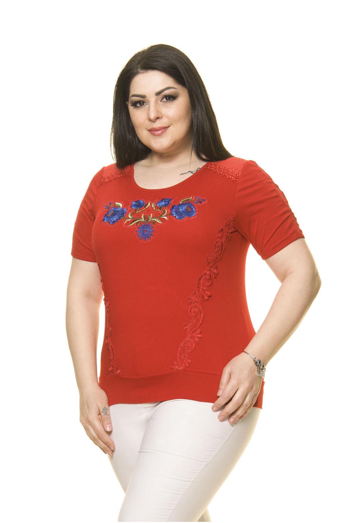 Kadın Büyük Beden Krımızı Nakışlı Bluz A2-3007-2