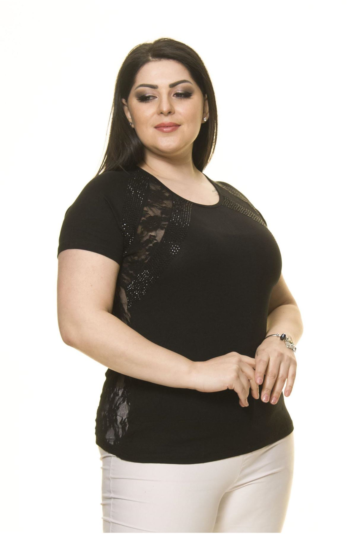 Kadın Büyük Beden Siyah  Fermuarlı Dantelli Bluz 16D-70005