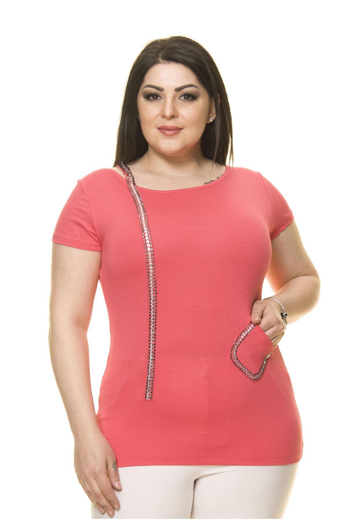 Kadın Büyük Beden Pembe Taşlı Bluz 15C-70017-1