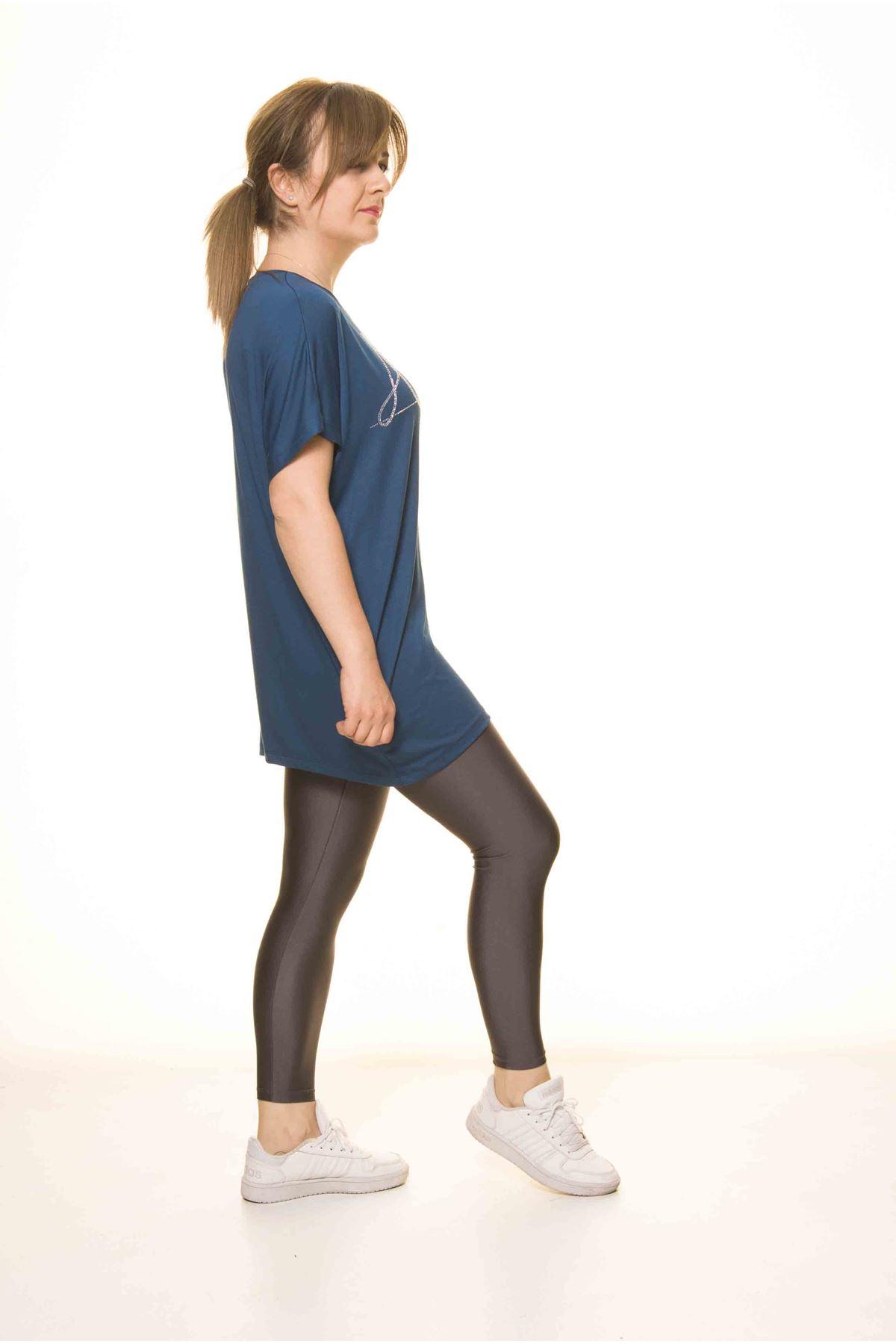 Kadın Petrol Mavi Taş İşlemeli Bluz 14D-3063-1