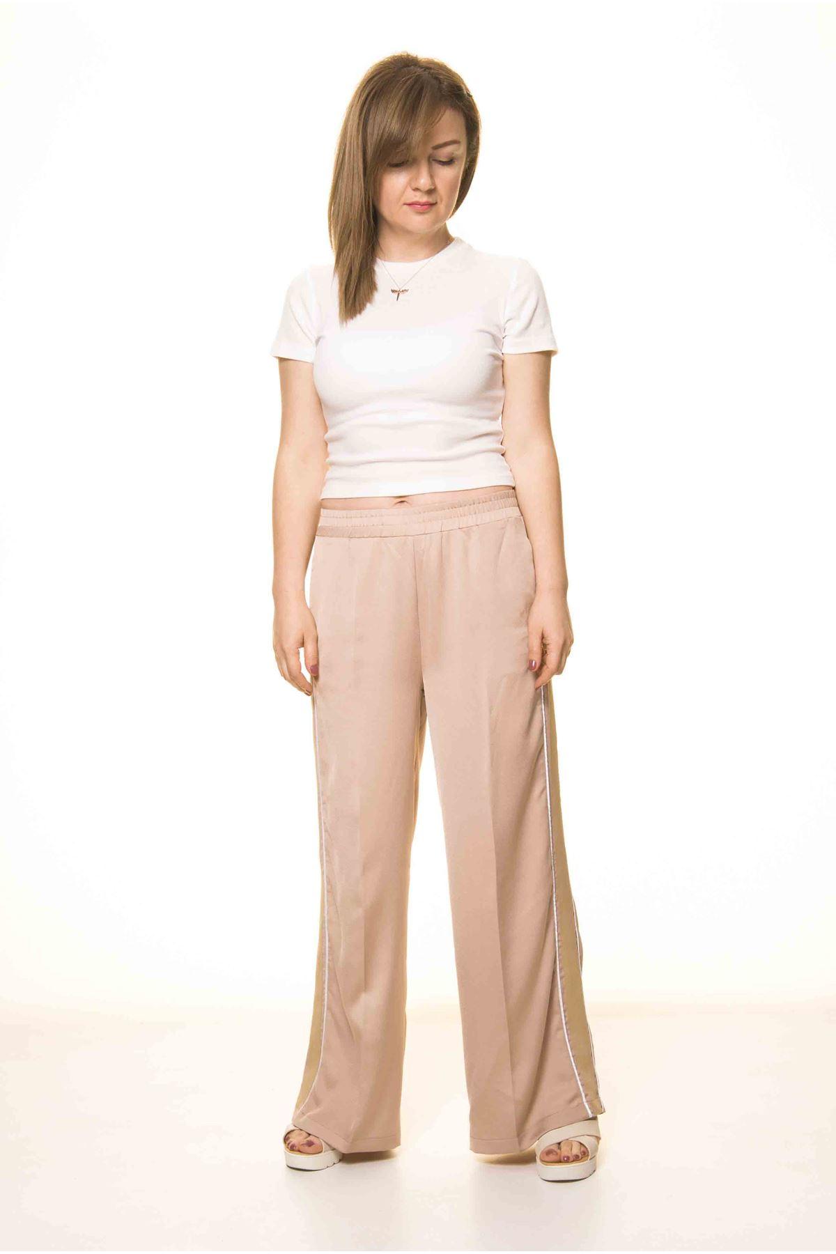 Kadın Bej Beli Lastikli Salaş Spor Pantolon 12C-3001