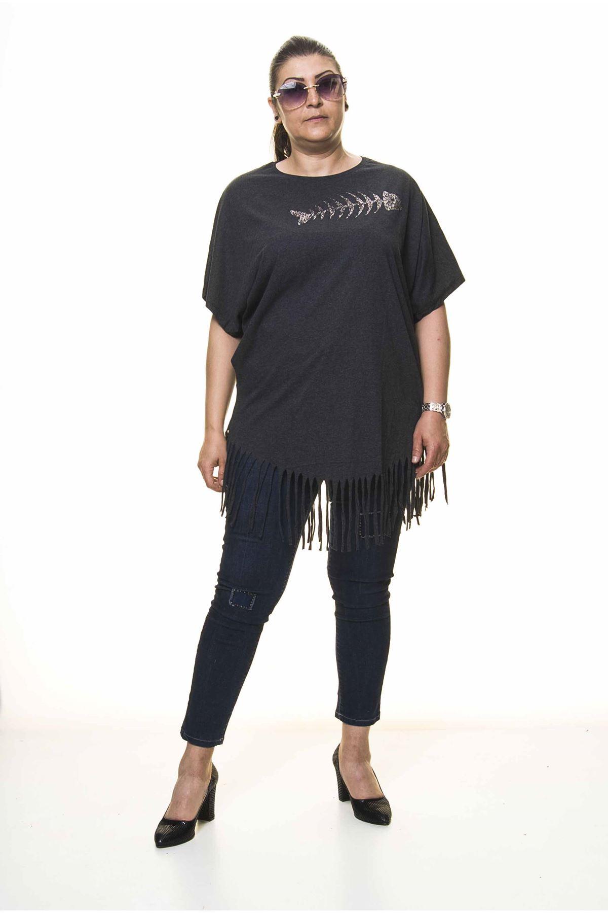Kadın Büyük Beden Antrasit Püsküllü Bluz  A1-4048