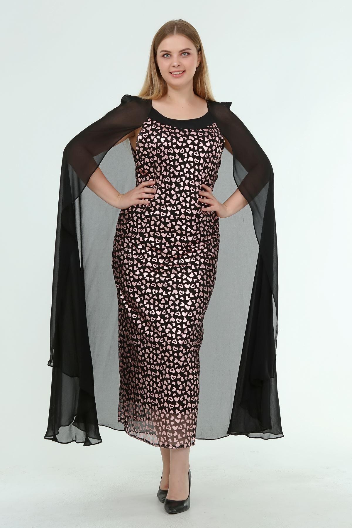 Kadın Büyük Beden Siyah Desenli Pelerinli Gece Elbisesi  A1-4053