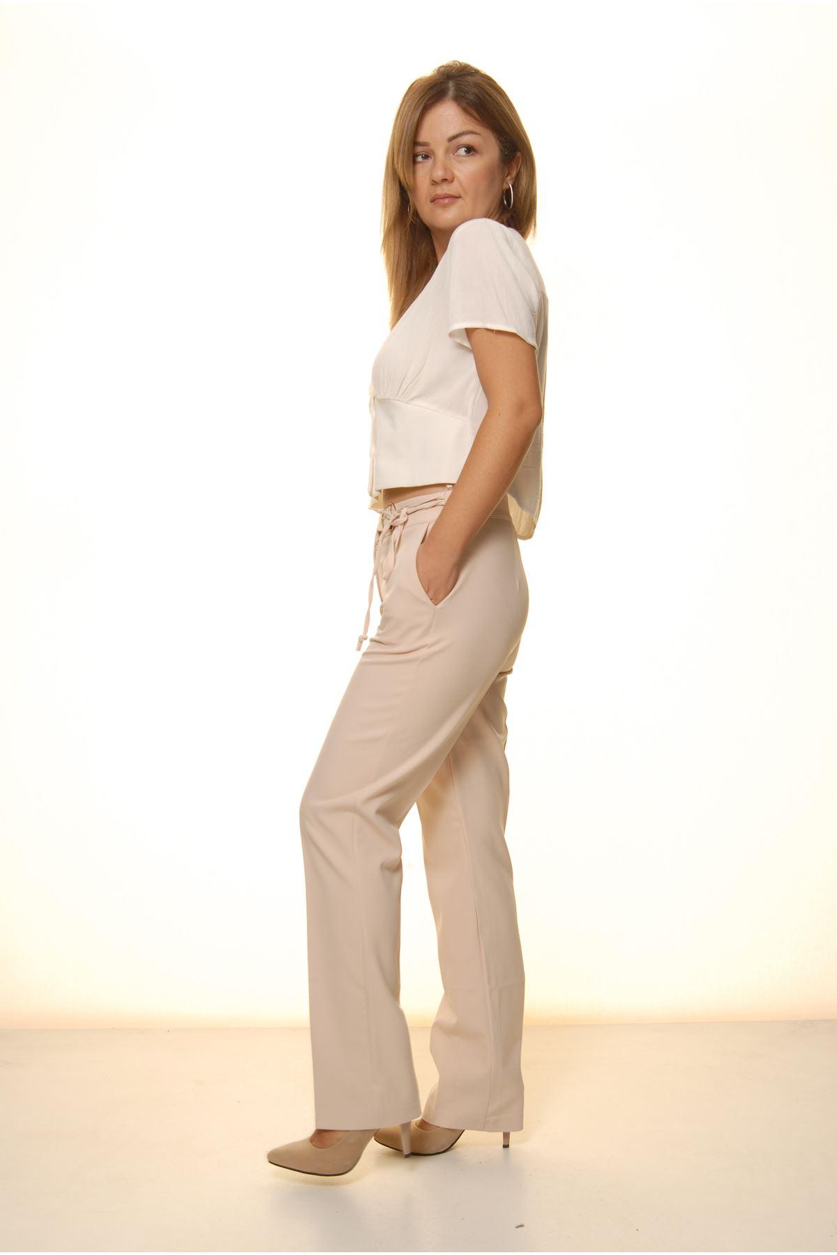 Kadın Bej Rengi Mevsimlik Yüksek Bel Kumaş Pantolon 16E-4050