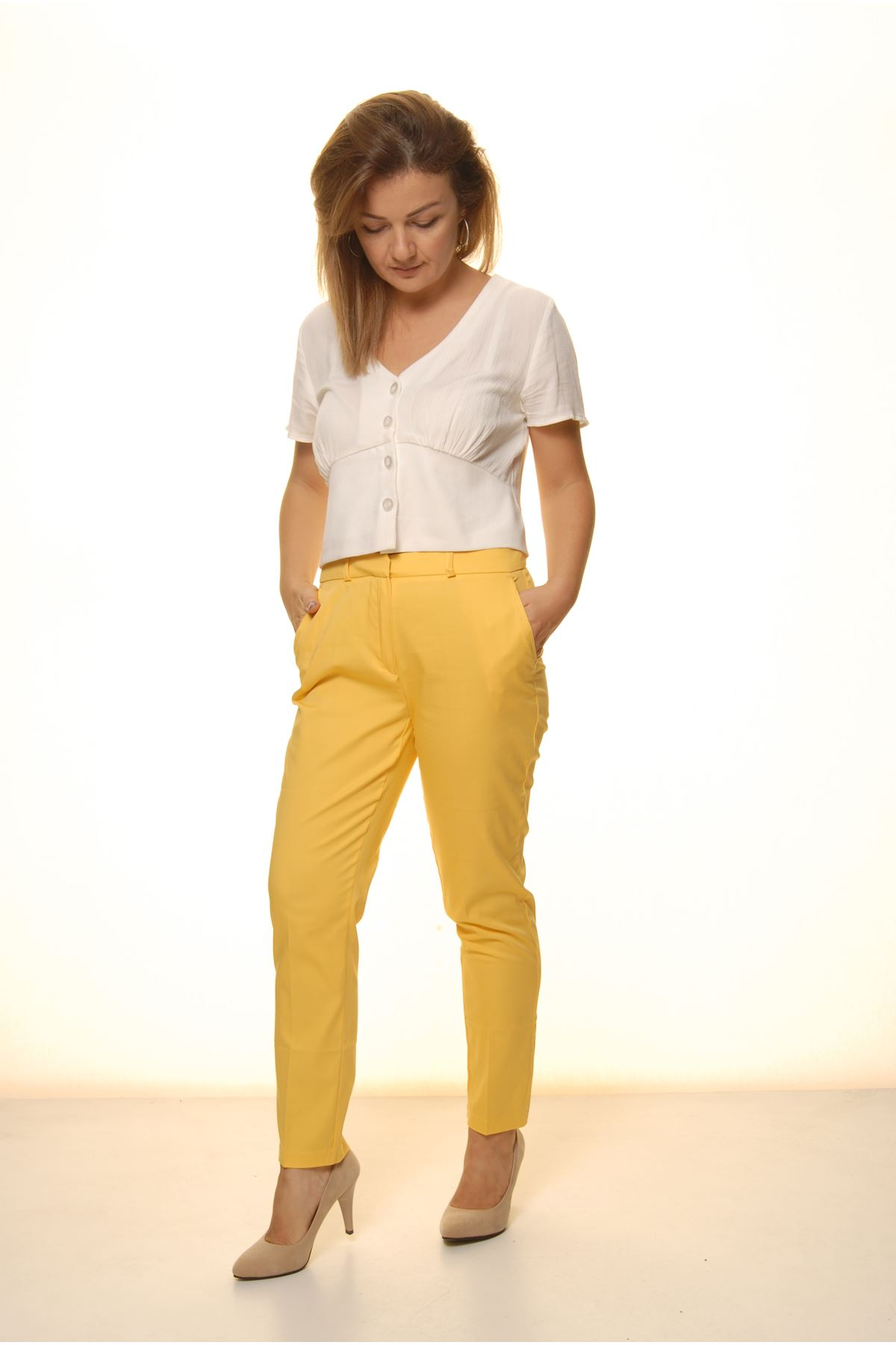 Kadın Sarı Mevsimlik Yüksek Bel Kumaş Pantolon 16E-4053
